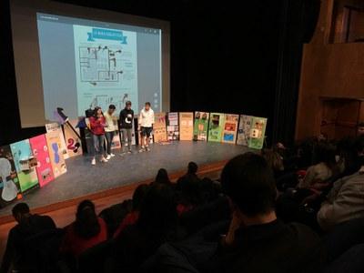 Alumnes d'ESO presenten les seves propostes per a la biblioteca, les pesqueres o l'oci juvenil