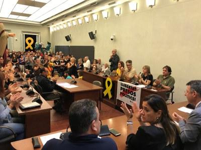 Banyoles rebutja la sentència del Suprem i demana l'amnistia per a presos i exiliats