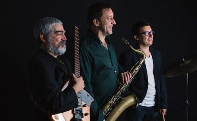 Gorka Benítez, un dels millors músics del panorama jazzístic estatal, presenta Salalagua en format trio dissabte a l'Auditori de l'Ateneu