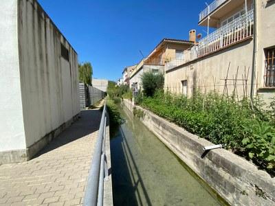L'Ajuntament de Banyoles desdoblarà la xarxa de sanejament al carrer Llibertat i millorarà els marges del rec de Can Teixidor