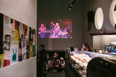 L'Ateneu Bar obrirà portes properament després del canvi d'arrendatari