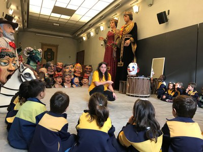 Les tradicions recuperades de la Festa Major, nou material didàctic per a les escoles de Banyoles