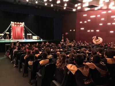 Més de 3.300 alumnes de les escoles de Banyoles participen a la campanya de teatre