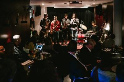 Micos i Koalas, La Perla Quartet, Buena onda, Duo Scala i Bicefal Project, propostes destacades de la programació cultural a l'Ateneu Bar